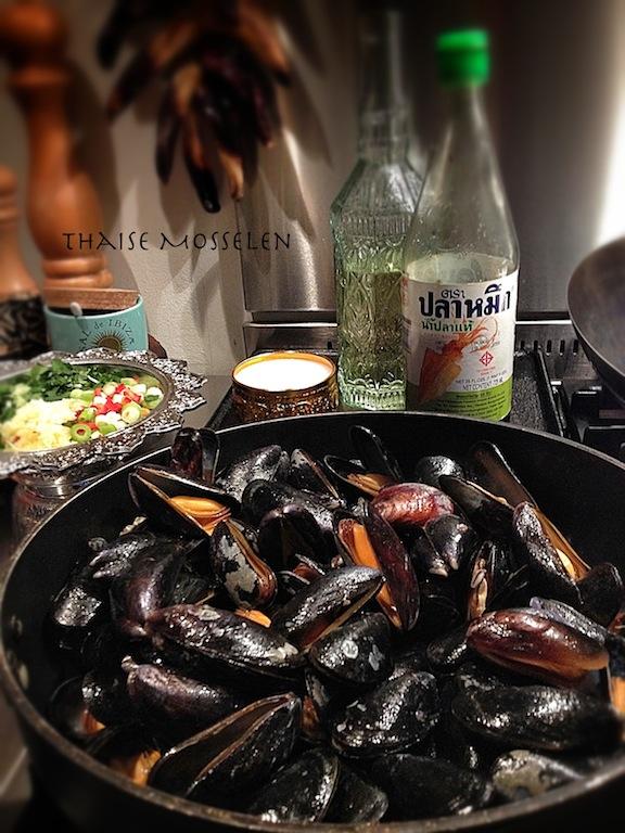 Stir fry Thai mussels