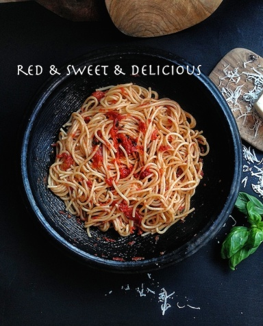 Basket Delights-Red Sweet Delicious